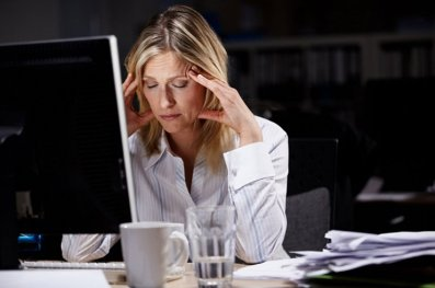 10-Troubling-Habits-of-Chronically-Unhappy-People