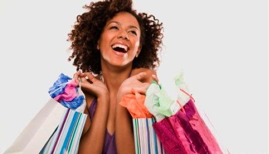 black-woman-shopping-smiling
